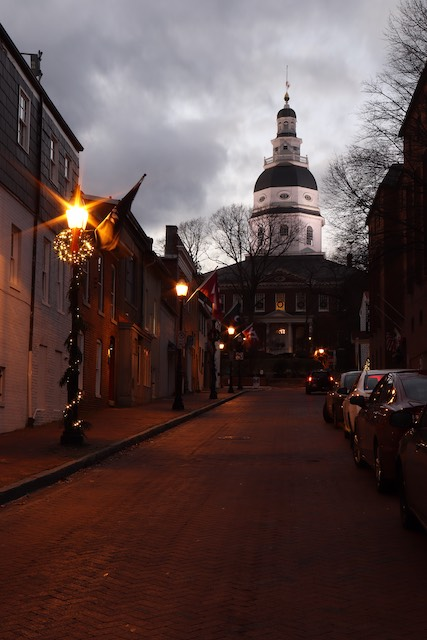 Holiday Time in Historic Annapolis-Gladys Sewell