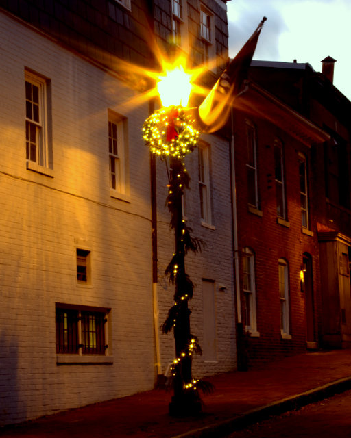 Holiday Time in Historic Annapolis-Jean Phillips
