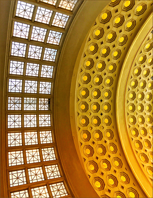 Creative Smartphone Photography Field Shoot at Historic Union Station-Linda Kamholz