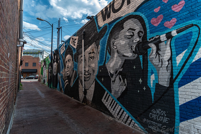 Street Art and Mural Photography-Earl Davy
